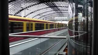 Берлинский центральный вокзал. Экскурсия по Берлину.(Заказ экскурсий на сайте http://www.companionka.com или по телефону: +49 178 153 70 20 Берлинский центральный вокзал (Hauptbahnhof)..., 2012-09-28T09:21:51.000Z)