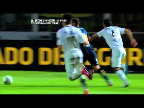 Groseros errores en una noche negra del arbitraje argentino