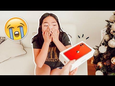 sorprendiendo-a-mi-hermana-con-un-iphone-11!!-*emocional*
