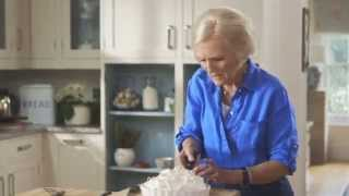 Mary Berry's Easy Lemon Meringue Pie (the Home)