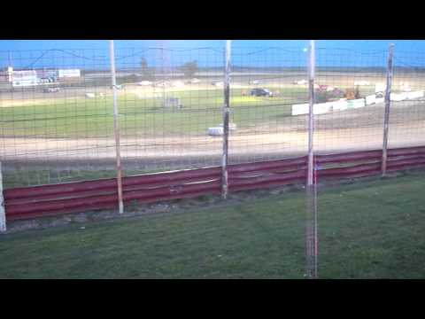 100_3300 2015-07-25 Devils Lake Speedway Street Stock Feature