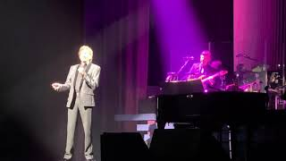 Barry Manilow - Let's Hang On - Live in New York City - Lunt Fontanne - August 9th 2019