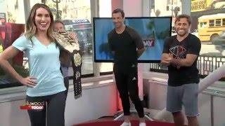 Люк Рокхолд Повороты Kristin в UFC Champ/Luke Rockhold Turns Kristen Into A UFC Champ