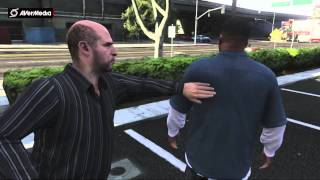 Franklin tries to get into mansion to repo Michael's son's car