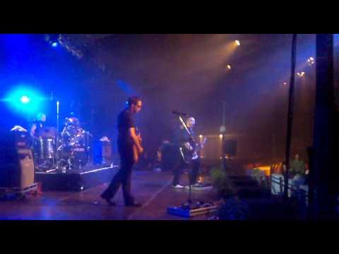 VIIKATE Kuu Kaakon Yllä (Live) Lahti 2010