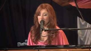Tori Amos - Edge of the Moon @ Better TV 2011