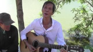 Ca sỹ Trần Cới - Cát Bụi