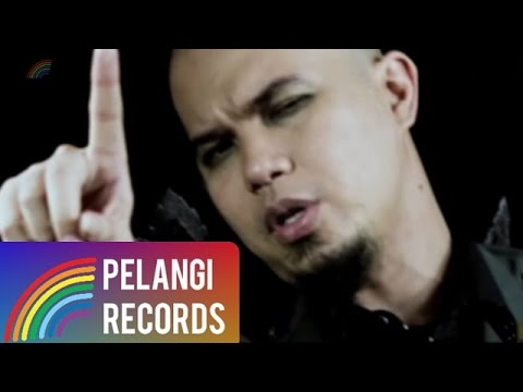 Rock - TRIAD - Benar Salah Idolaku (Official Music Video)