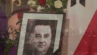 """""""Wychodzisz aby popatrzeć ludziom w oczy"""" - uroczystości pogrzebowe premiera Olszewskiego"""