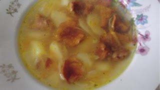 Грибной суп с лисичками.
