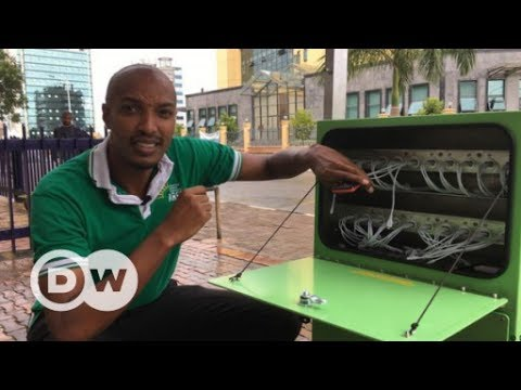 In high demand: Solar Kiosk in Rwanda | DW English