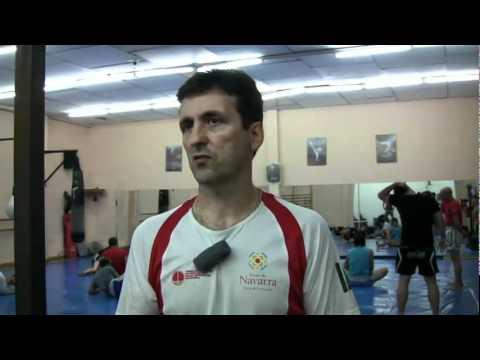 Entrevista a jose eguzkiza y jari erdozain en gimnasio for Gimnasio kanku