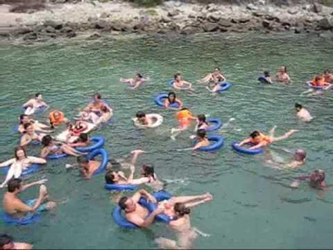 BOAT TOUR IN NHA TRANG - Mama Hanh Boat tour Nha trang