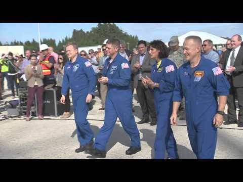 2015: NASA's Commercial Crew Advances Toward Flight