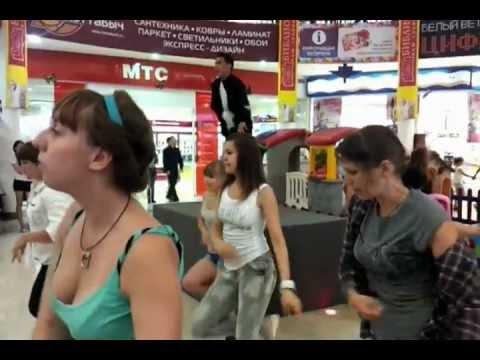 Видео: Флешмоб танцы Джексона часть 3