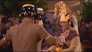 FULL - Melihat Kahiyang-Bobby Manortor di Depan Raja & Para Tamu; Jokowi Mantu