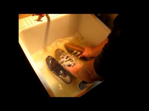 Sports Wash Cleans Running Shoes Naturally