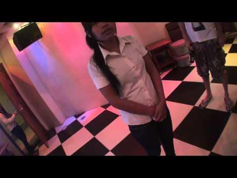 Pailin, Cambodia Part 7: Mek Piisua @ A Karaoke (7/Apr/2011)