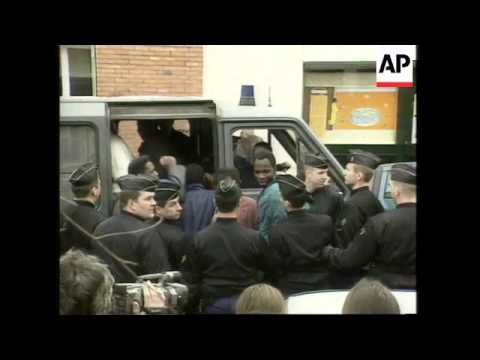 FRANCE: RIOT POLICE EVICT ILLEGAL IMMIGRANTS FROM PARIS CHURCH