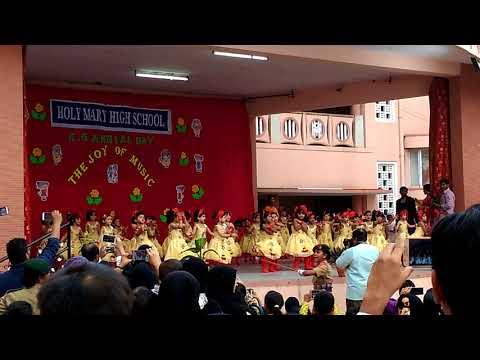 Dance by LkG girls....holy Mary school