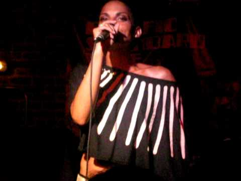 GOAPELE LIVE @ 330 RITCH PERFORMING