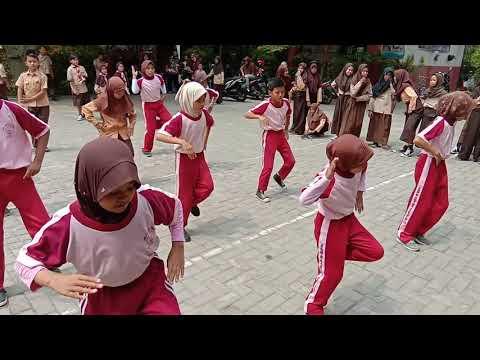 Senam Kreasi Cisadane Sdn Karang Tengah 10 (latihan) Alhamdulilah Juara 3