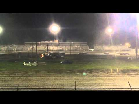 34 raceway 5-9-15 stock car feature pt6