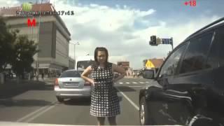 Аварии и ДТП на видеорегистратор 2013-2014 (23)ЖЕСТЬ 2013-2014(Подборка страшных аварий и ДТП 2013! С появлением видеорегистраторов запечатлеть страшные аварии на дорогах..., 2013-12-21T23:09:12.000Z)