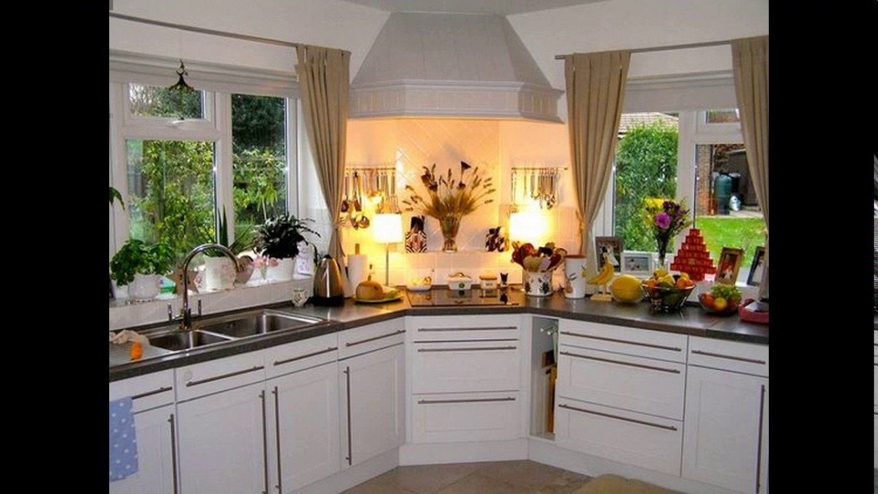 4 Brilliant Kitchen Remodel Ideas: Corner Hob Kitchen Design