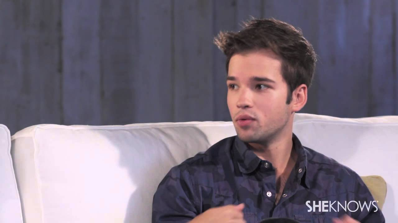 nathan kress girlfriend