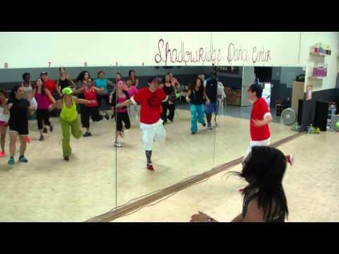 Energia - Alexis & Fido - Reggaeton Dance Fitness w/ Bradley - Crazy Sock TV