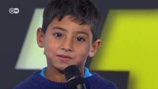 طفل سوري يأخد مكان مذيع شباب توك