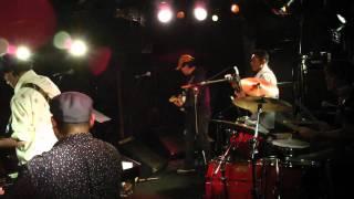 お掃除オバチャン by ナマ☆魚&ザ・クレイジー・ドリアンズ 28,Feb,2011 thumbnail