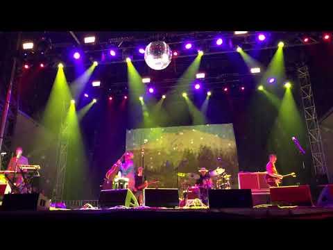 """4K - Cake - """"Never There"""" and """"Short Skirt/Long Jacket"""" live at Shaky Knees Atlanta, GA 5/5/18"""