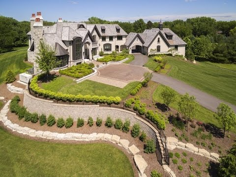 Breathtaking Custom-Built Estate In Naperville, Illinois