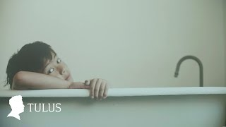 Download TULUS - Monokrom (Official Music Video)