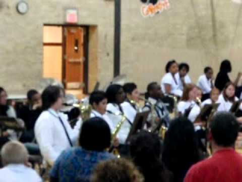 hoech middle school saxaphones in the house