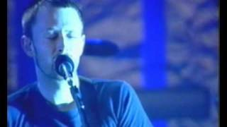 Download Radiohead - Exit Music (for a film) live Pinkpop 2001 (high quality) MP3 song and Music Video