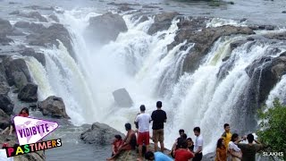 Top 10 Beautiful Waterfalls In India 2015    Pastimers