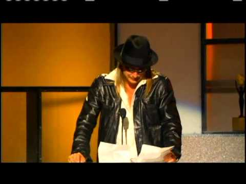 Kid Rock inducts Bob Seger Rock and Roll Hall of Fame inductions 2004