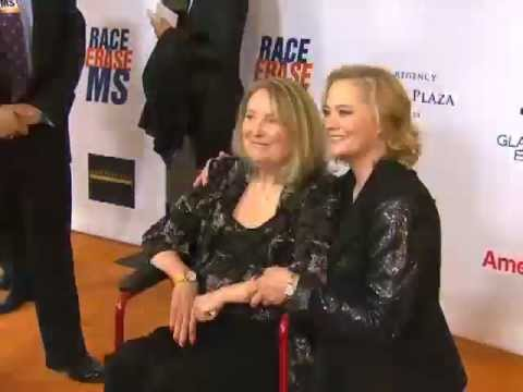 Cybill Shepherd at the 19th Annual Race to Erase MS