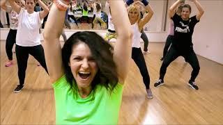 """""""Taki Taki"""" - Dj Snake, Ozuna, Cardi B, Selena Gomez (Zumba Fitness Choreography)"""