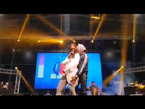 Download WizKid rocks Tiwa Savage on stage at the One Africa Fest in Dubai
