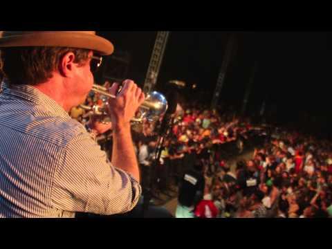 Fat Freddy's Drop Midnight In Munich (Official Video)