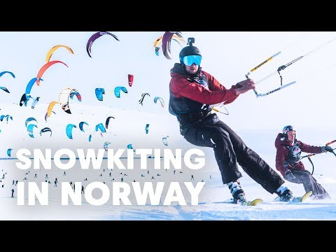 Two Kitesurfers Try Snowkiting in Norway...