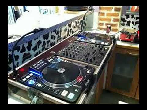 BIKUTSI 2018 MIX BY DJ BRAVO