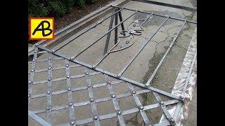 видео Решетки на окна с элементами ковки