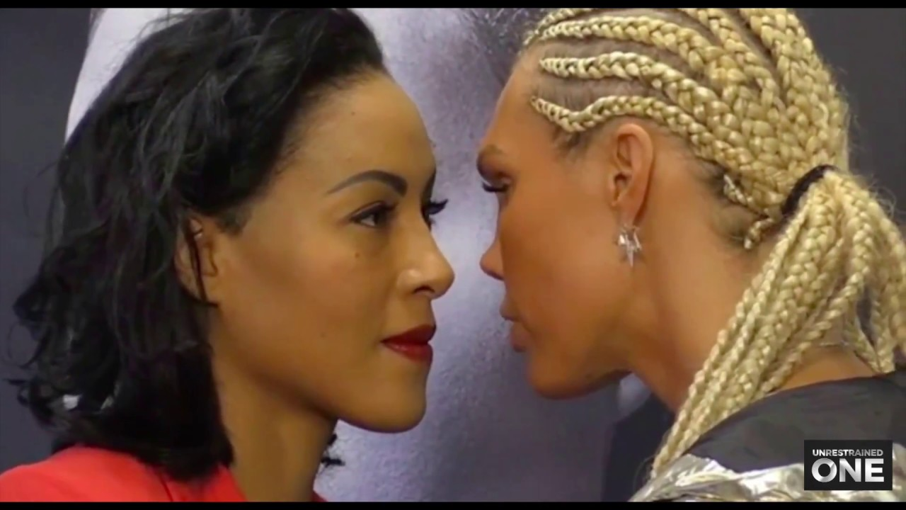 black ebony girls kissing