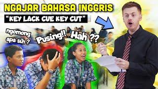 Download lagu GOKIL!! Bule Jowo Masuk Sekolah Jadi Guru Bahasa Inggris !!