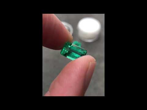 3.43 Carat Top Quality Transparent VS Loose Colombian Emerald From Chivor Mines